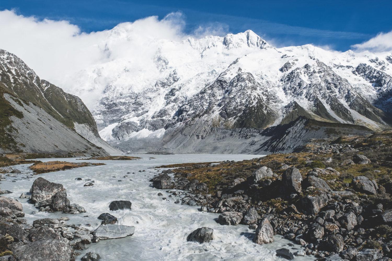 Mueller Lake und Gletscherfluss