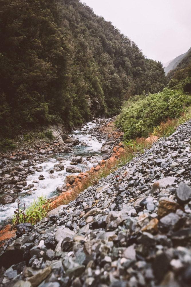 Flusslauf in der Nähe von Arthurs Pass