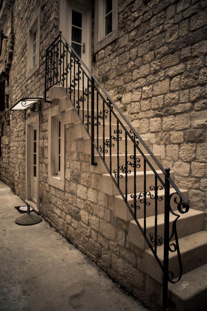 Treppenaufgang in der Altstadt von Trogir