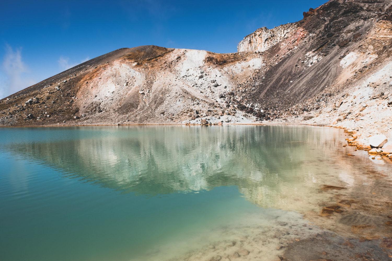 Ufer eines Emerald Lakes