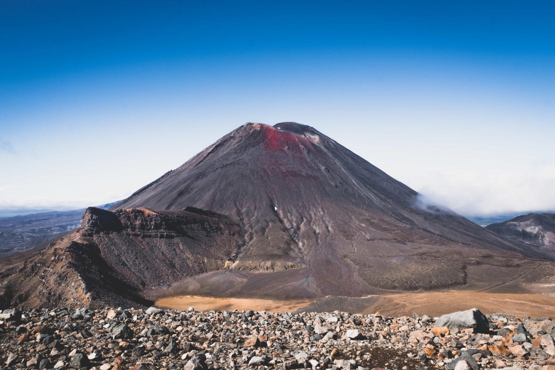 Mt. Ngauruhoe vom Red Crater aus gesehen