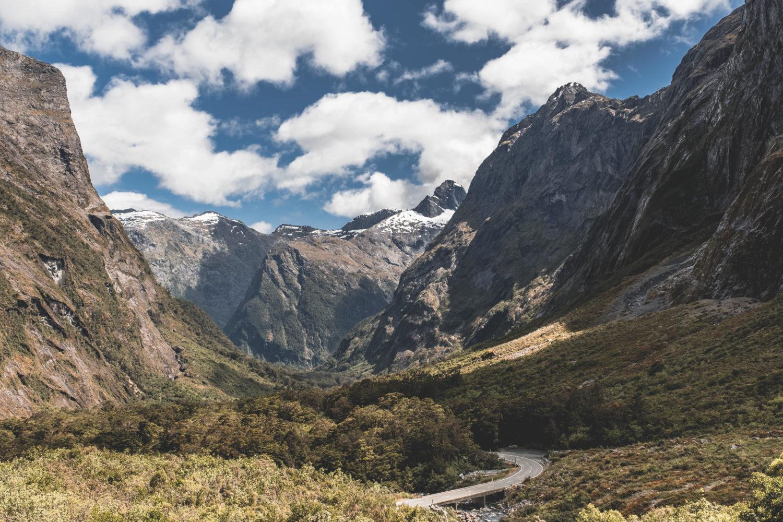 Straße Richtung Milford Sound